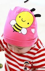 หมวกเด็กเล็กสกรีนรูปผึ้งแต่งหนวด จาก Lemonkid