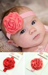 สายคาดผมเด็กหญิงแต่งดอกกุหลาบกลีบพริ้วสวย
