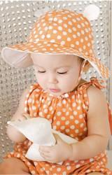 หมวกเด็กปีกกว้างลายจุด แต่งหูน่ารักๆ มีสายผูก