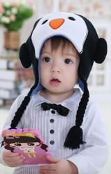 หมวกเพนกวิน แต่งสายเปียห้อยน่ารักๆ