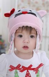 หมวกไหมพรมแมวน่ารัก สีชมพูสลับเทา แต่งโบว์แดง