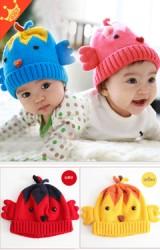 หมวกไหมพรมลูกเจี๊ยบ แต่งปีกด้านข้างเล็กๆ จาก GOODKID