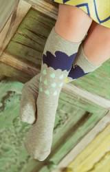 ถุงเท้าเด็กแบบยาวลายก้อนเมฆและฝน