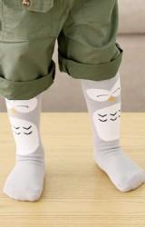 ถุงเท้าเด็กแบบยาวลายนกฮูก สีเทาอ่อน ไม่มีกันลื่น