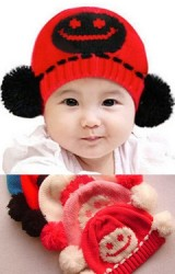 หมวกไหมพรมรูปเด็กยิ้มแต่งปอมปอมด้านข้าง