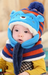 เซ็ตหมวกไหมพรมหมีมาพร้อมผ้าพันคอ MOFABABI