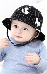 หมวกเด็กทรง BUCKET ลายทางปักมิกกี้ จาก GZMM