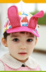 หมวกแก๊ปลายกระต่ายแต่งหูกระต่ายยาว จาก TUTUYA
