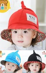 หมวกเด็กปลายแหลม หมวกปีกรอบด้านในผ้าลาย
