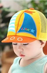 หมวกแก๊ปเด็กลายเรือใบ ด้านหลังเป็นตาข่ายจาก GZMM