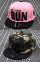 หมวกฮิปฮอปปักอักษร RUN