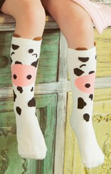 ถุงเท้าเด็กแบบยาวลายวัว