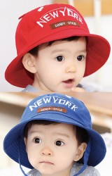 หมวกเด็กปีกรอบปัก NEW YORK แต่งหูน่ารัก