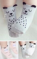 ถุงเท้าเด็กแบบสั้นลายเจ้าตูบและนกฮูก มีกันลื่น
