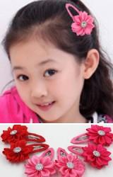 กิ๊บเด็กดอกไม้ปลายแหลม แพ็ค 2 ชิ้นสีเดียวกัน