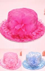 หมวกสาวน้อยผ้าลายดอก แต่งดอกไม้ฟูใหญ่
