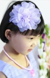 ที่คาดผมสาวน้อยแต่งดอกไม้ฟู