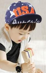 หมวกแก๊ปเด็กลายดาว แต่งอักษร USA แบบฟู