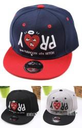 หมวกฮิปฮอปปักรูปหัวใจ