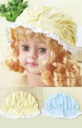 หมวกสาวน้อยแต่งดอกไม้ถัก ลูกไม้ขาวรอบปีกหมวก