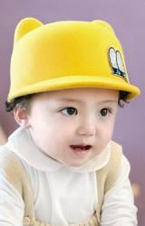 หมวกเด็กปีกสั้นแต่งหูน่ารัก ด้านหน้าแต่งรูปตา