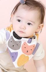 ผ้ากันเปื้อนเด็กสามเหลี่ยมลายเห็ดและรูปสัตว์ อีกด้านเป็นลายเชอรี่