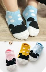 ถุงเท้าเด็กข้อสั้นแบบหนา แพ็ค 3 คู่ ลายมิกกี้ลายจุด
