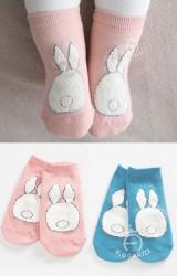 ถุงเท้าเด็กลายกระต่ายขาวหูตั้งขนปุย kacakid