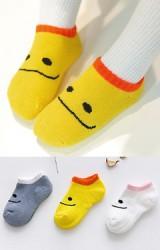 ถุงเท้าเด็กข้อสั้น แพ็ค 3 คู่ แบบหนา ลายการ์ตูนยิ้ม