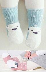 ถุงเท้าเด็กแบบหนา ลายเพนกวินและหมี มีกันลื่น kacakid