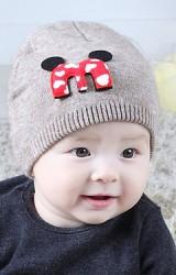 หมวกไหมพรมเด็กแต่งอักษร M มิกกี้