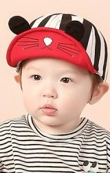 หมวกแก๊ปกระต่าย ตัวหมวกลายทาง จาก KUKUJI