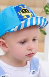 หมวกแก๊ปเด็กแต่งรูปเลโก้ ปีกหมวกลายทาง