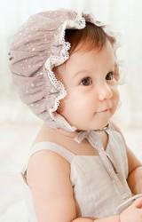 หมวกสาวน้อยลายดาวเลื่อมขอบหมวกระบายลูกไม้ขาว