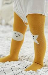 ถุงน่องเด็กลายหน้าการ์ตูนและดาวสีเหลืองมัสตาร์ด มีกันลื่น