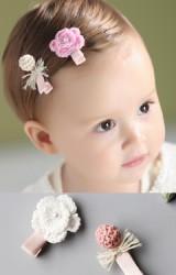กิ๊บเด็กแพ็ค 2 ชิ้น ดอกไม้และปอมปอมถัก Angel Neitiri