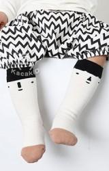 ถุงเท้าเด็กแบบยาวลายหน้าการ์ตูน ตัดขอบสีดำ kacakid