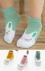 เซ็ตถุงเท้าเด็กลายแมวน้อย แพ็ค 3 คู่ ชมพูนู้ด เขียว และเหลืองมัสตาร์ด