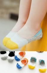 ถุงเท้าเด็กแบบข้อส้นปากตื้นลายขวางสามสี แพ็ค 3 คู่