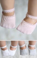 ถุงเท้าเด็กหญิงมีสายคาดช่วงข้อเท้าแต่งลูกไม้ขอบ Kacakid