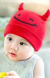 หมวกไหมพรมเด็กเล็กสกรีนหน้ายิ้ม แต่งเขาน่ารัก GZMM