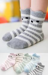 เซ็ตถุงเท้าเด็กแพ็ค 5 คู่ ลายขวางหน้าแมวน้อย
