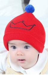 หมวกไหมพรมสกรีนมงกุฎ ปลายหมวกแต่งปอมปอม