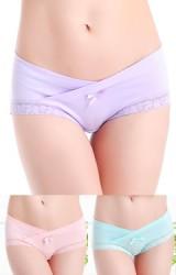กางเกงในคนท้องเอวต่ำไขว้ขอบลูกไม้ แต่งโบว์เล็กๆ
