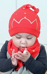 เซ็ตหมวกเด็กเล็กลายมงกุฎและดาวเล็กๆ มาพร้อมผ้ากันเปื้อน BEINAXI