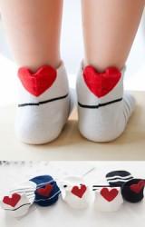 เซ็ตถุงเท้าเด็กแพ็ค 5 คู่ ลายหัวใจด้านหลังข้อเท้า