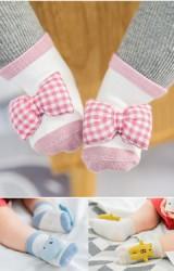 เซ็ตถุงเท้าเด็กแพ็ค 3 คู่แต่งตุ๊กตานูน แบบข้อสั้น มีกันลื่น