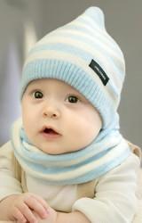 เซ็ตหมวกเด็กยอดแหลมลายขวางมาพร้อมผ้าสวมคอ GZMM