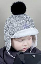 หมวกกันหนาวเด็กหน้าปักดาว มีปีกหน้าบังแดด KUKUJI