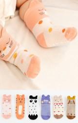 ถุงเท้าเด็กลายหน้าสัตว์น่ารักแต่งหูเล็กๆ มีกันลื่น